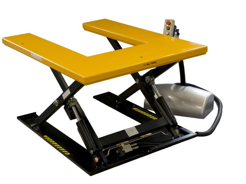 Piattaforme elevatrici e carrelli a pantografo
